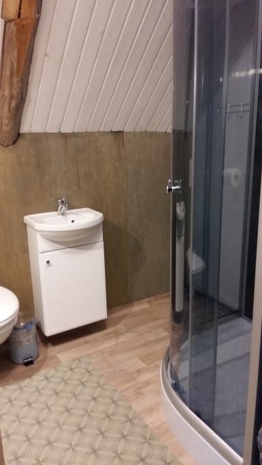 II korruse WC-duširuum